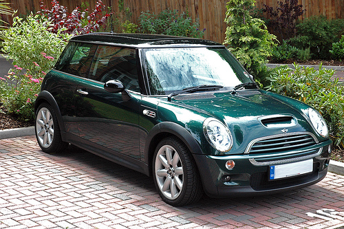 Mini Cooper Review And Photos