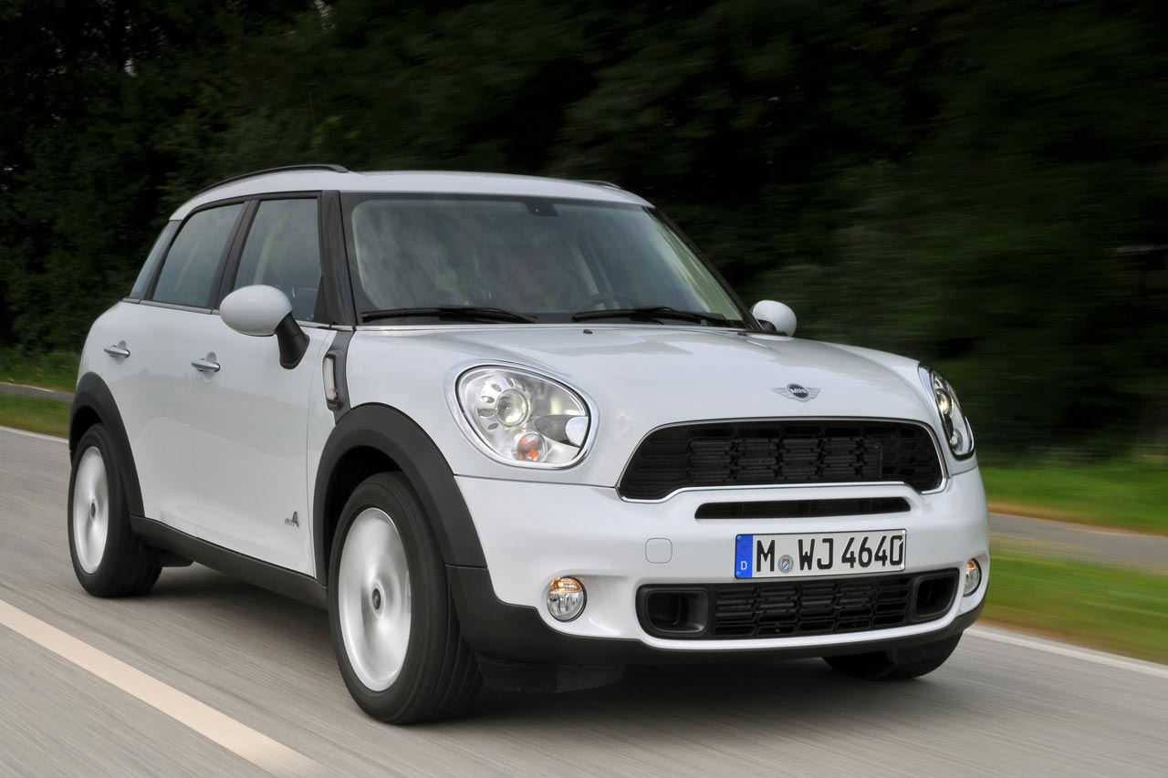 mini countryman review and photos. Black Bedroom Furniture Sets. Home Design Ideas