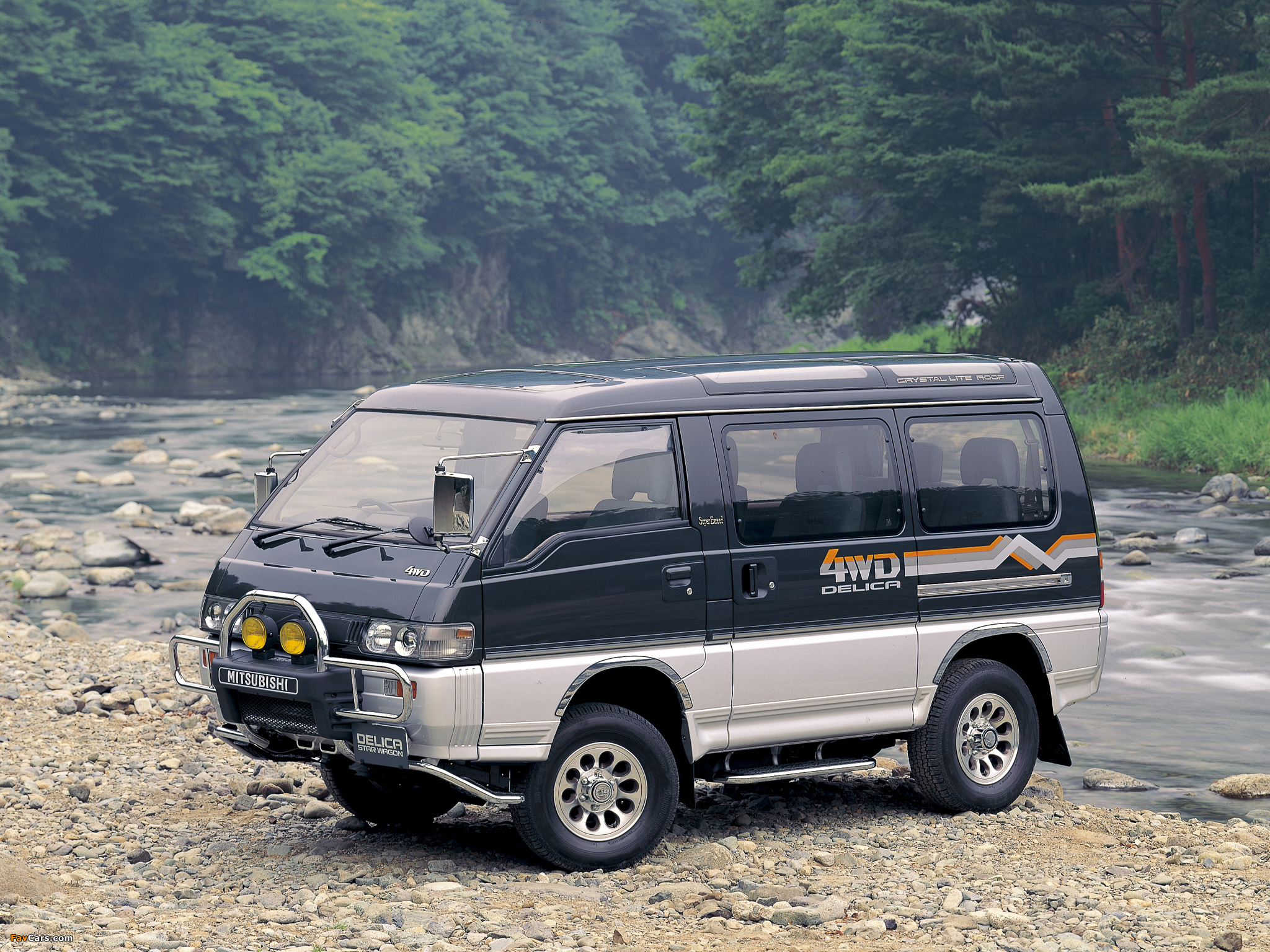 mitsubishi delica review and photos. Black Bedroom Furniture Sets. Home Design Ideas