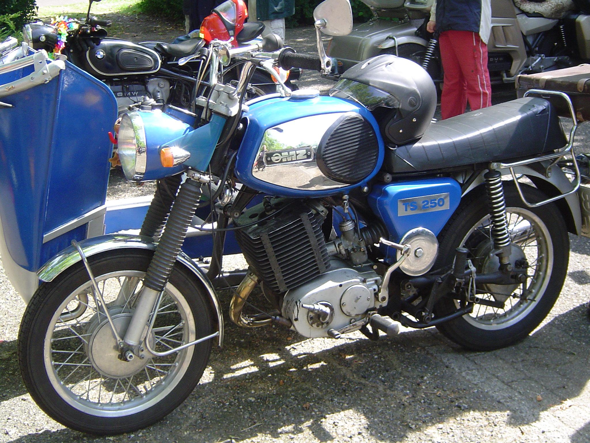 MZ 125 silver