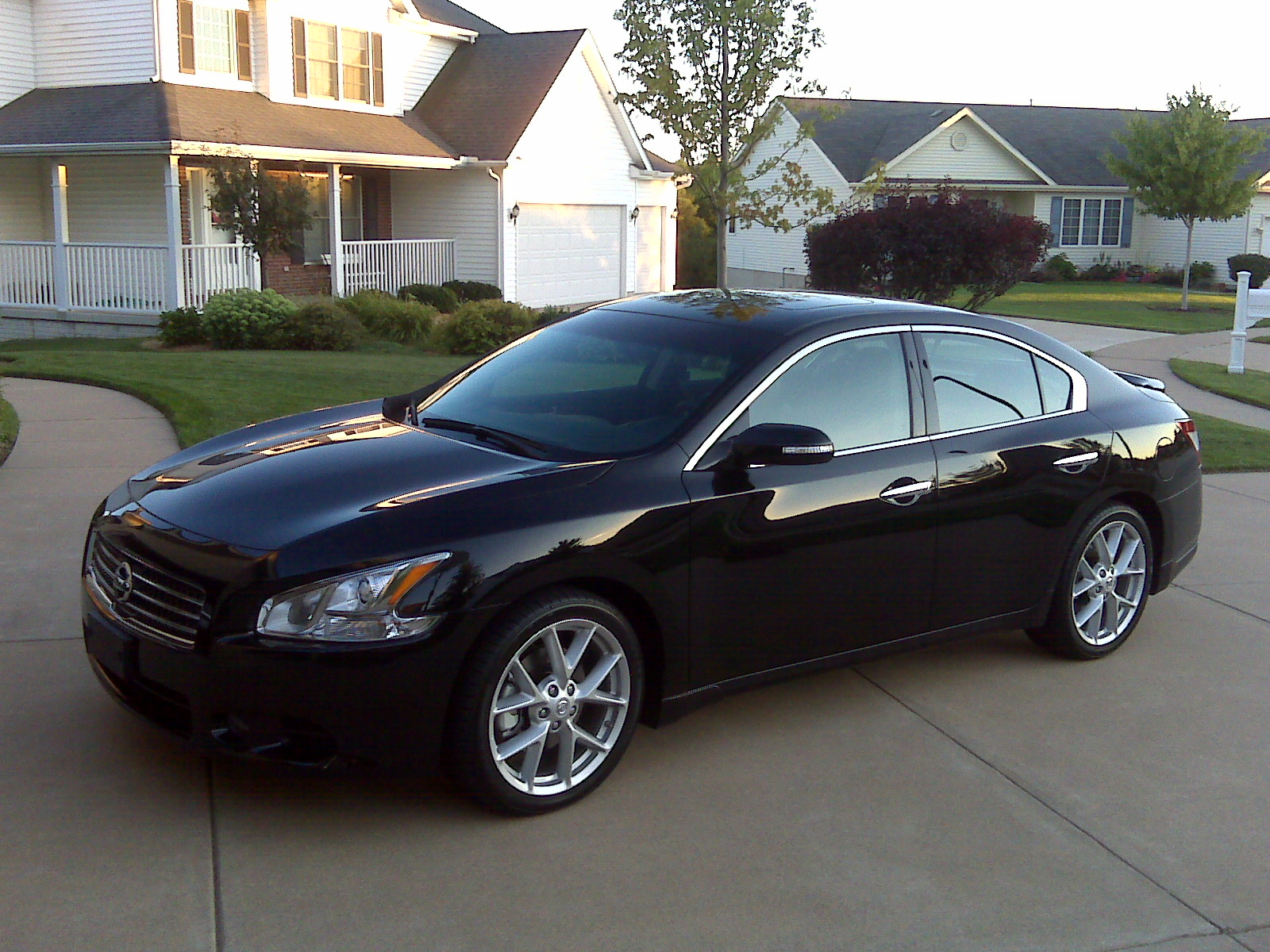 Nissan Maxima Review And Photos