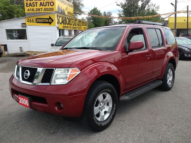 NISSAN PATHFINDER red