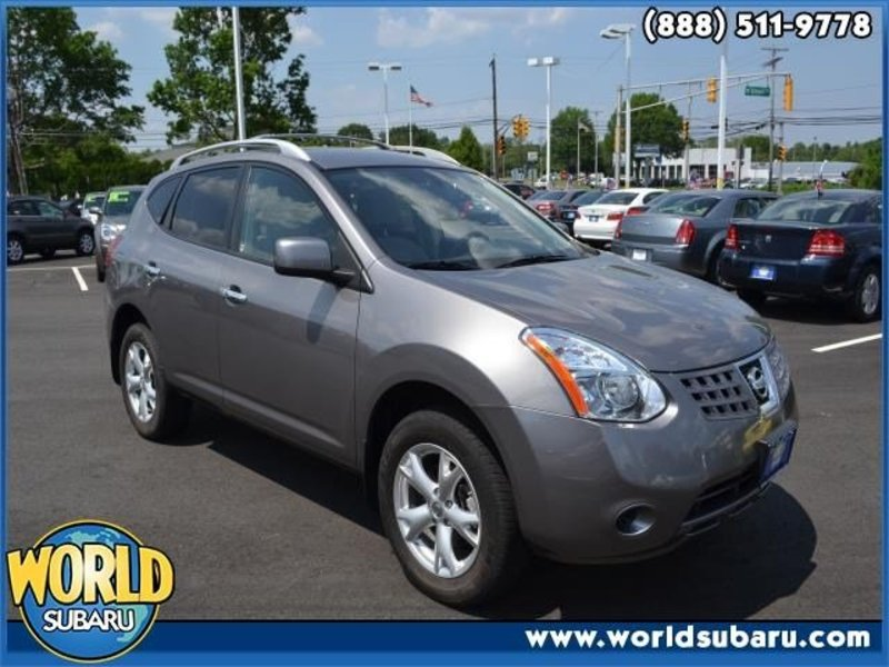 NISSAN ROGUE AWD red