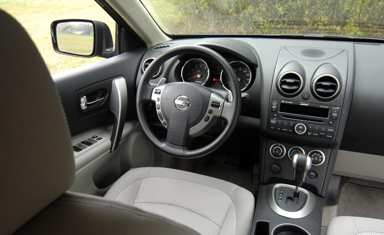 Nissan rogue review and photos nissan rogue interior vanachro Gallery