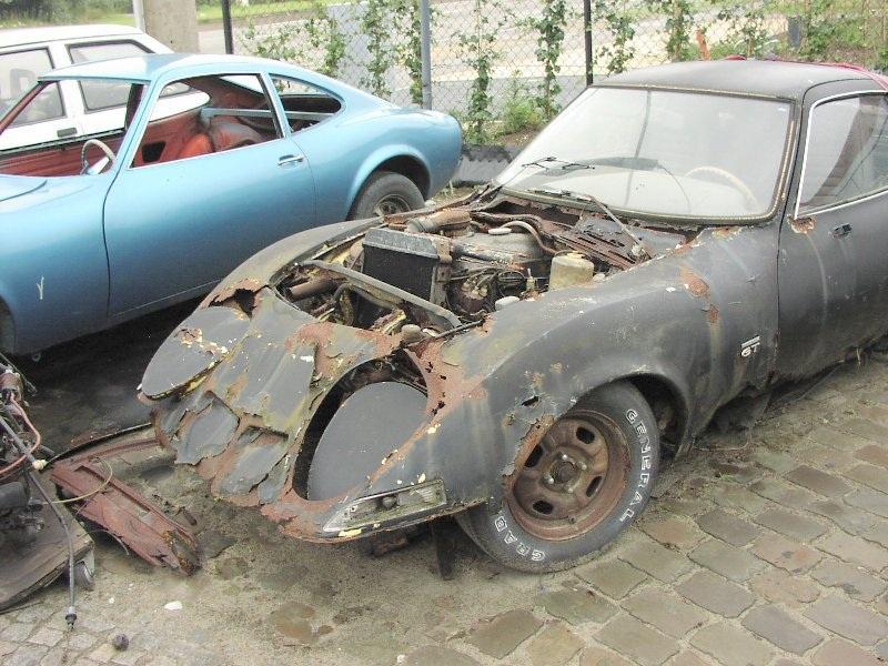 OPEL 1900 GT