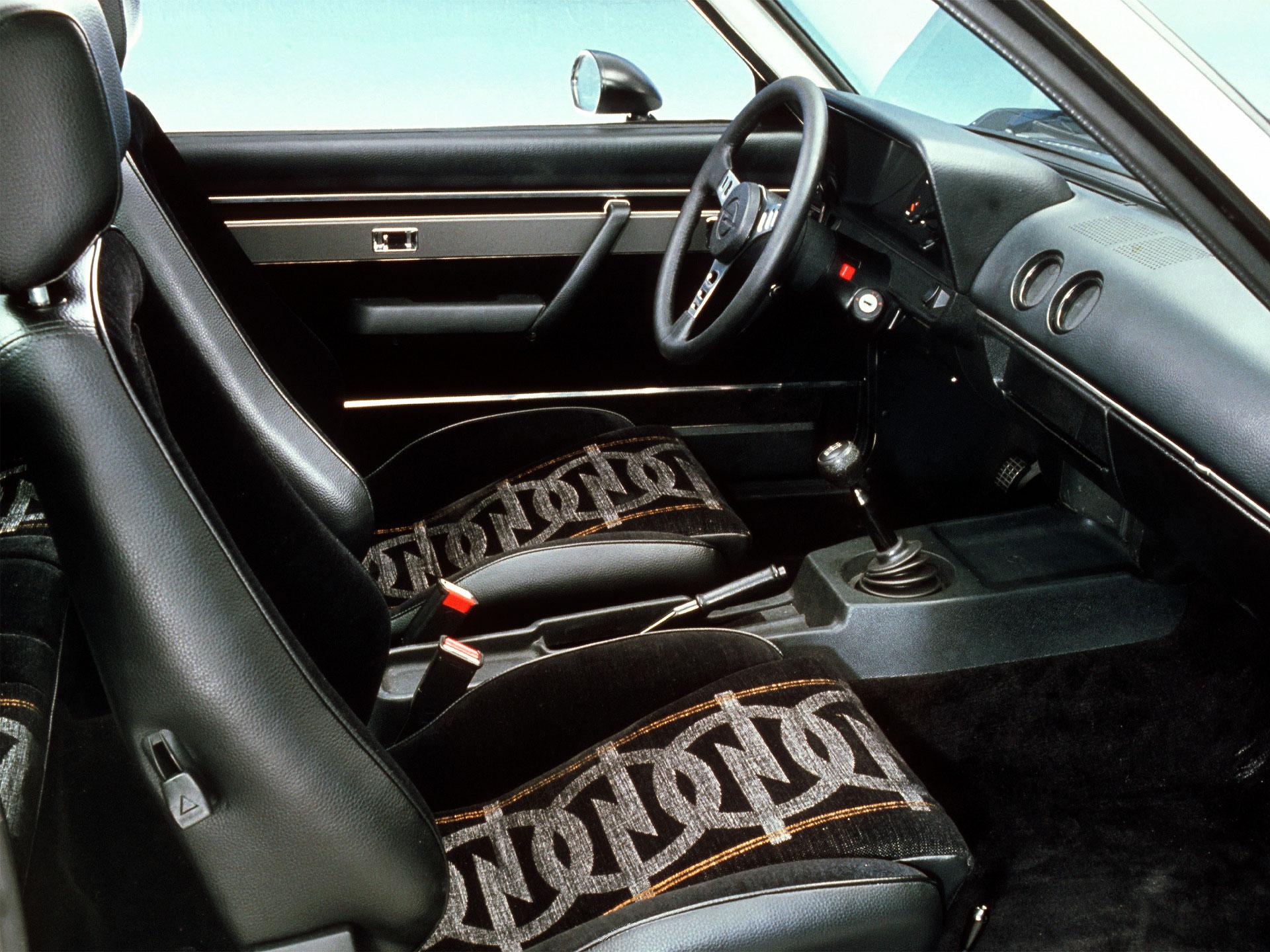 Opel ascona for Opel kadett e interieur