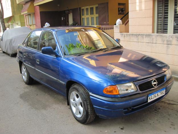 OPEL ASTRA blue