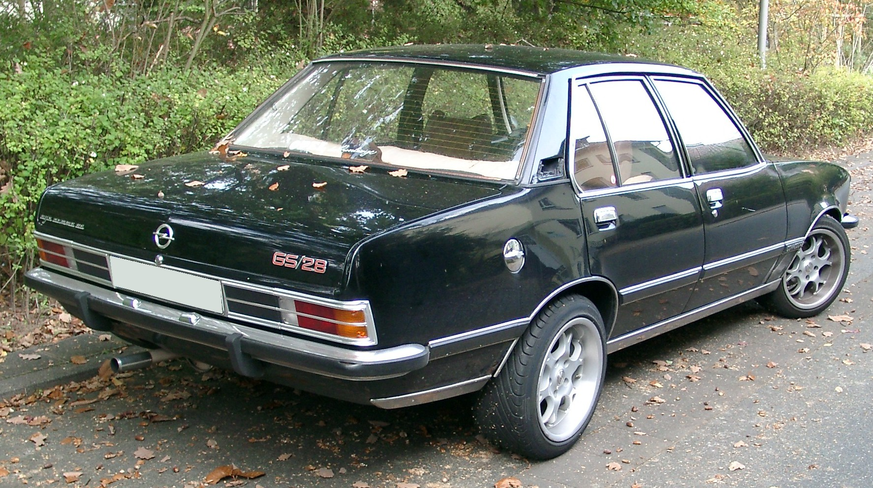 OPEL COMMODORE 2.8 GS blue