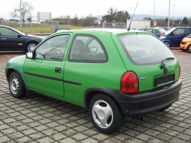 OPEL CORSA green