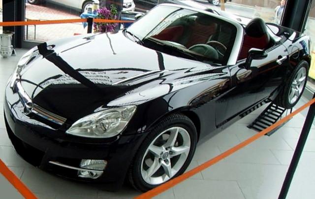 OPEL GT black
