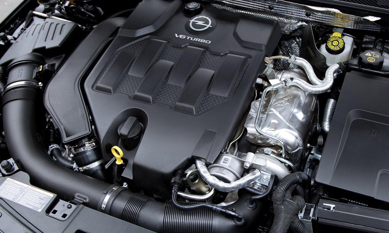 OPEL INSIGNIA engine