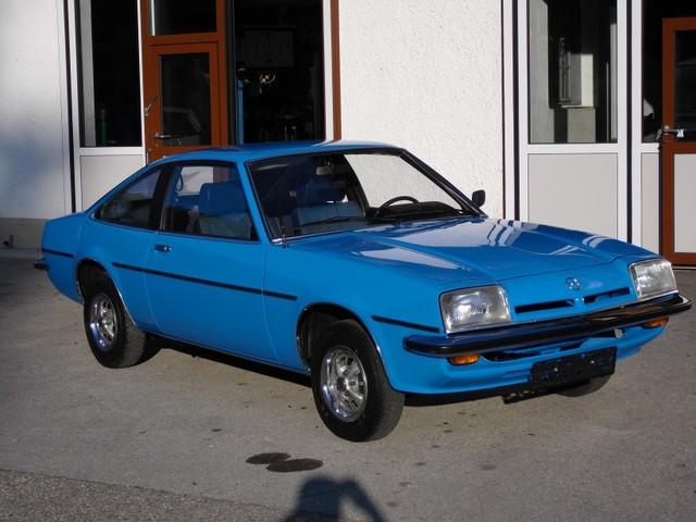 OPEL MANTA blue