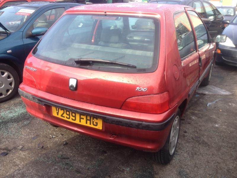 PEUGEOT 106 red