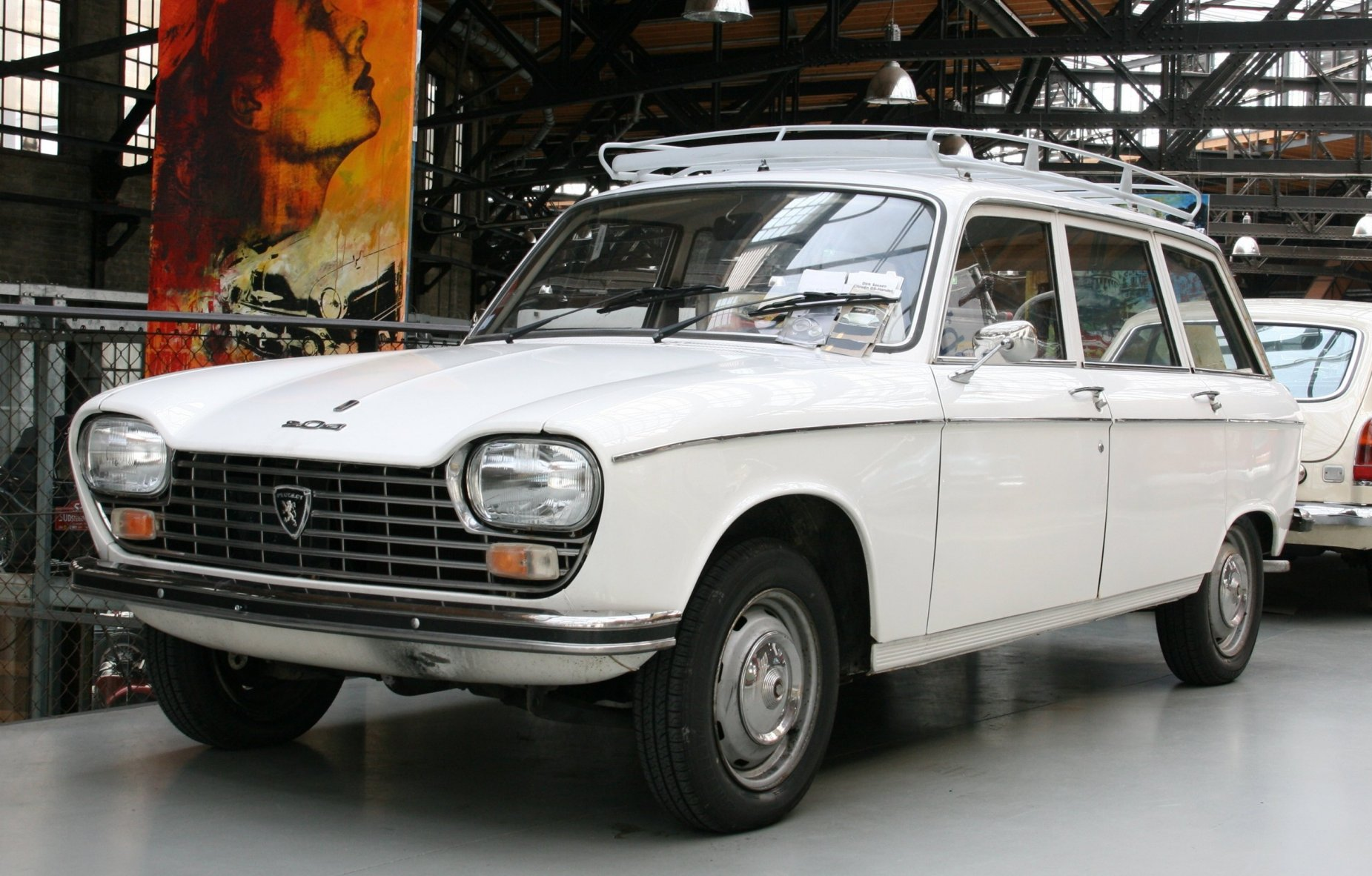 PEUGEOT 204 BREAK white