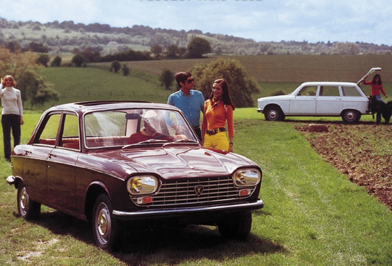 PEUGEOT 204 red