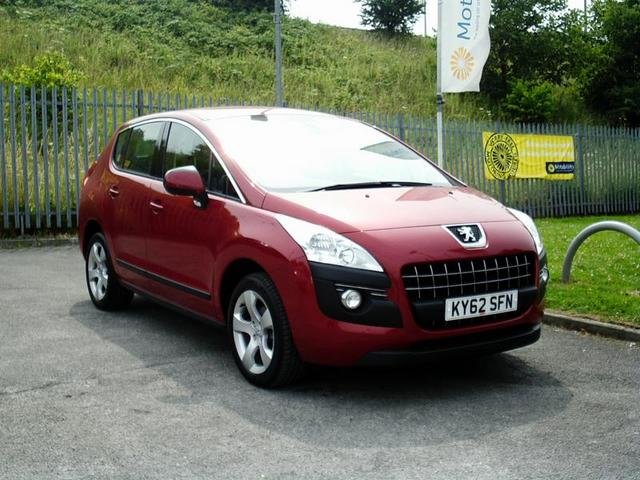 PEUGEOT 3008 1.6 red