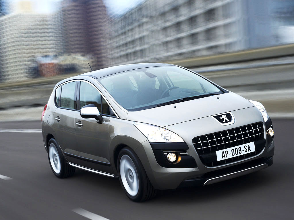 PEUGEOT 3008 silver