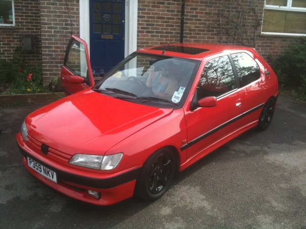 PEUGEOT 306 red
