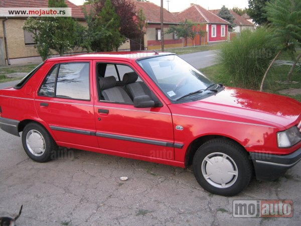 PEUGEOT 309 1.3 red