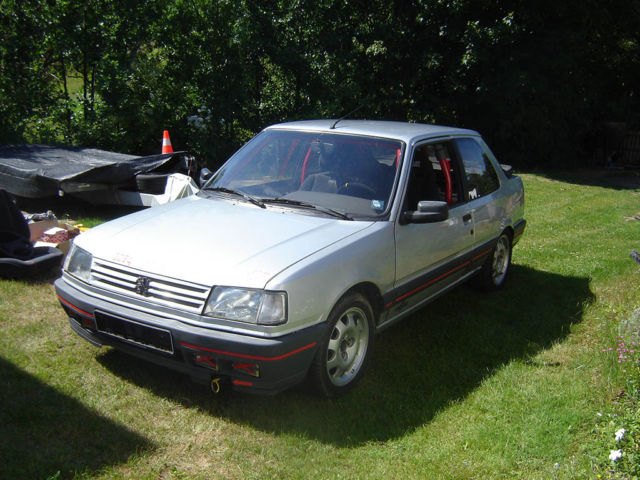 PEUGEOT 309 silver