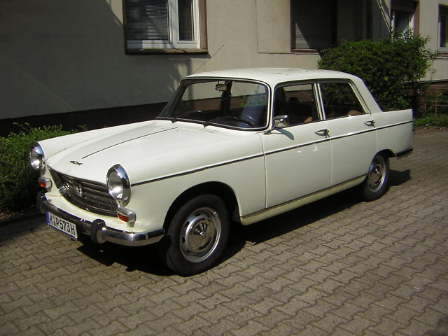 PEUGEOT 404 BREAK white