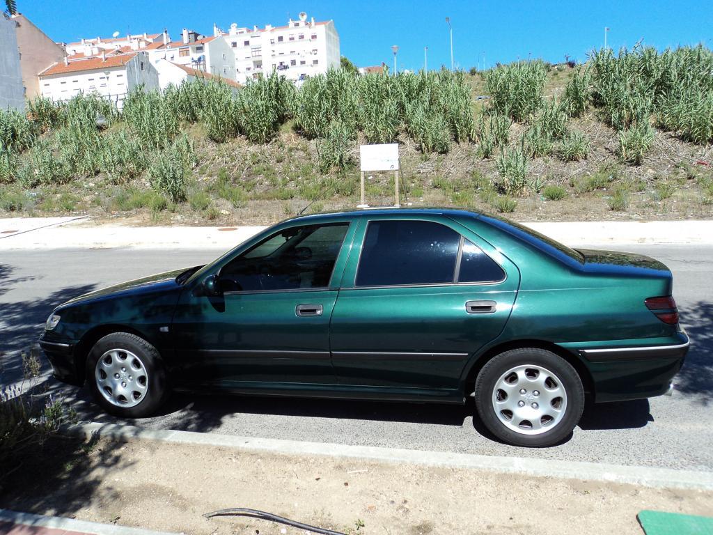 PEUGEOT 406 green