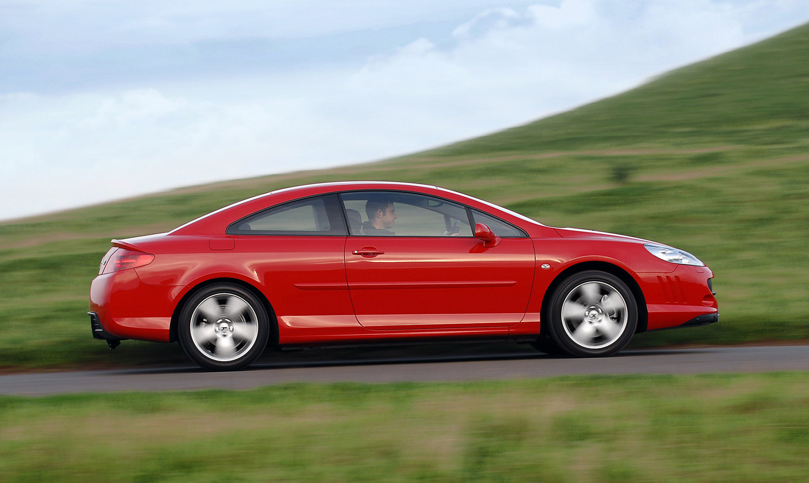 PEUGEOT 407 red