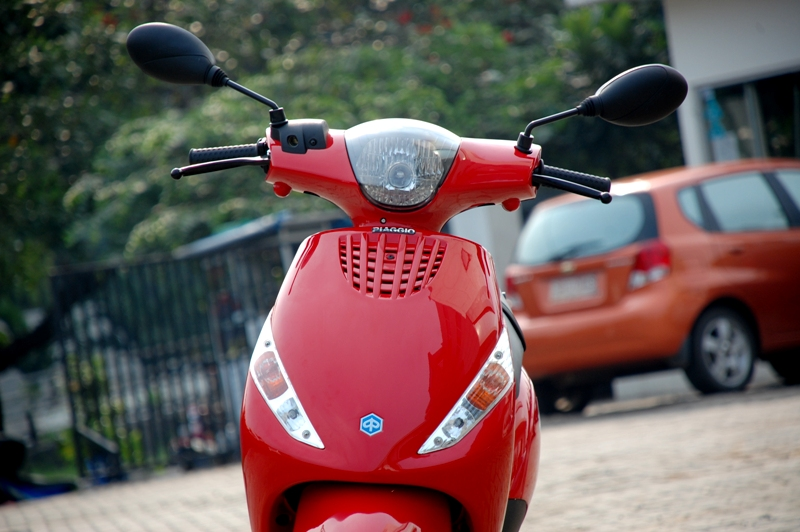 piaggio zip - review and photos