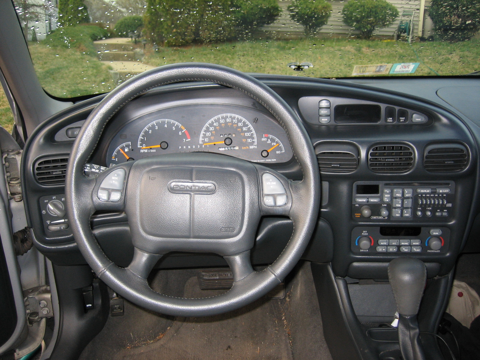 pontiac grand prix pontiac grand prix interior 3 jpg roadsmile com