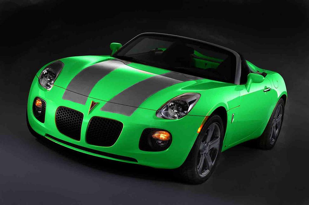 PONTIAC SOLSTICE green