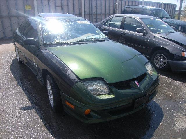 PONTIAC SUNBIRD green