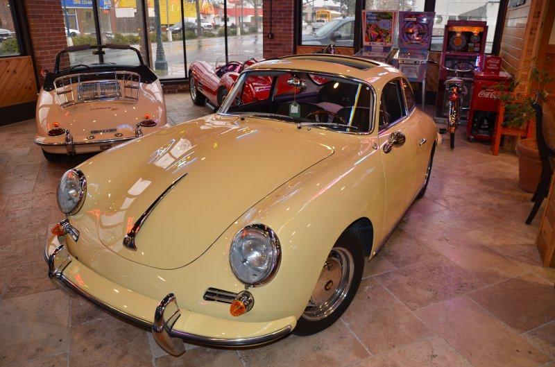 PORSCHE 356 1600 interior
