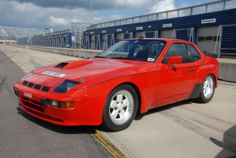 PORSCHE 924 CARRERA GTS blue