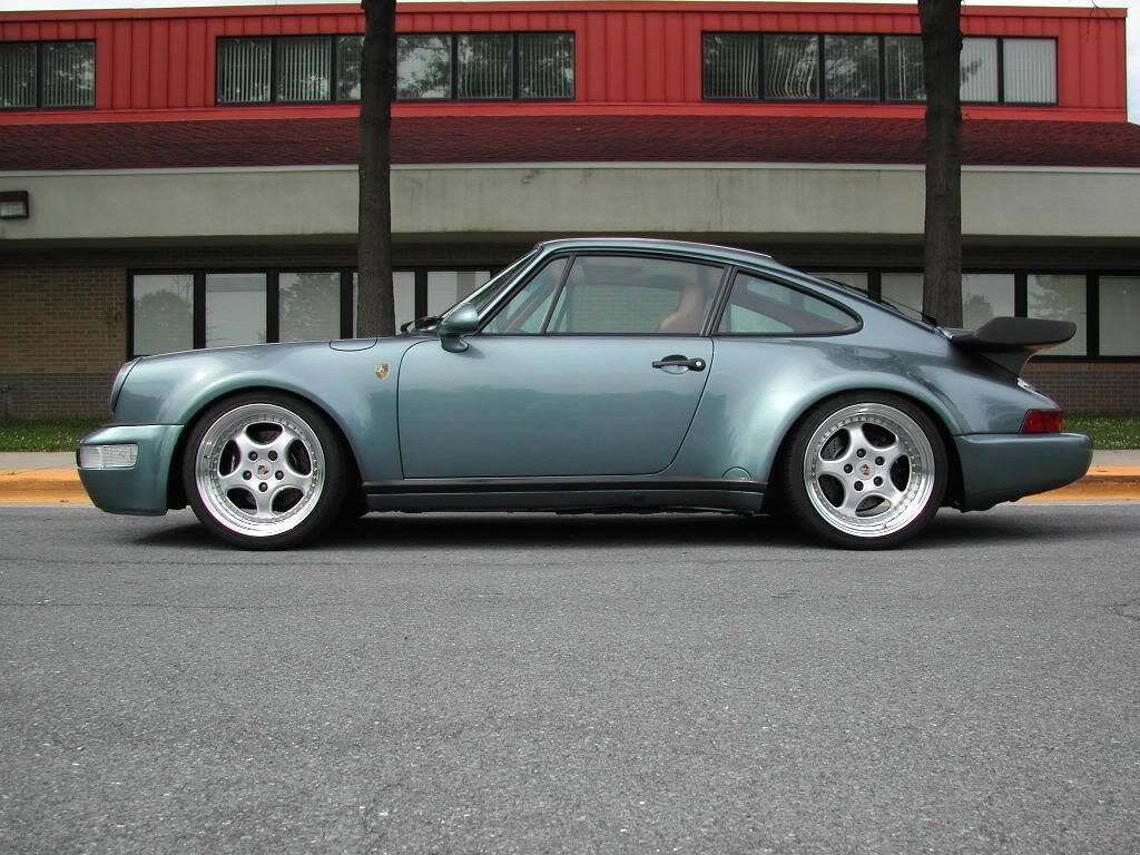 PORSCHE 930 blue
