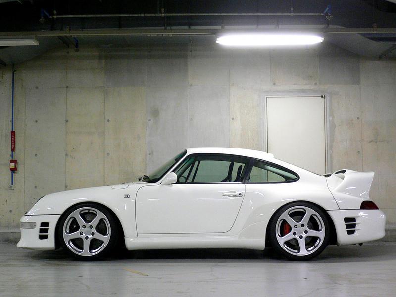 PORSCHE 993 white