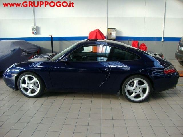 PORSCHE 996 blue