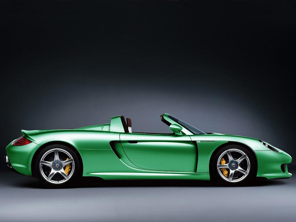 PORSCHE CARRERA GT green