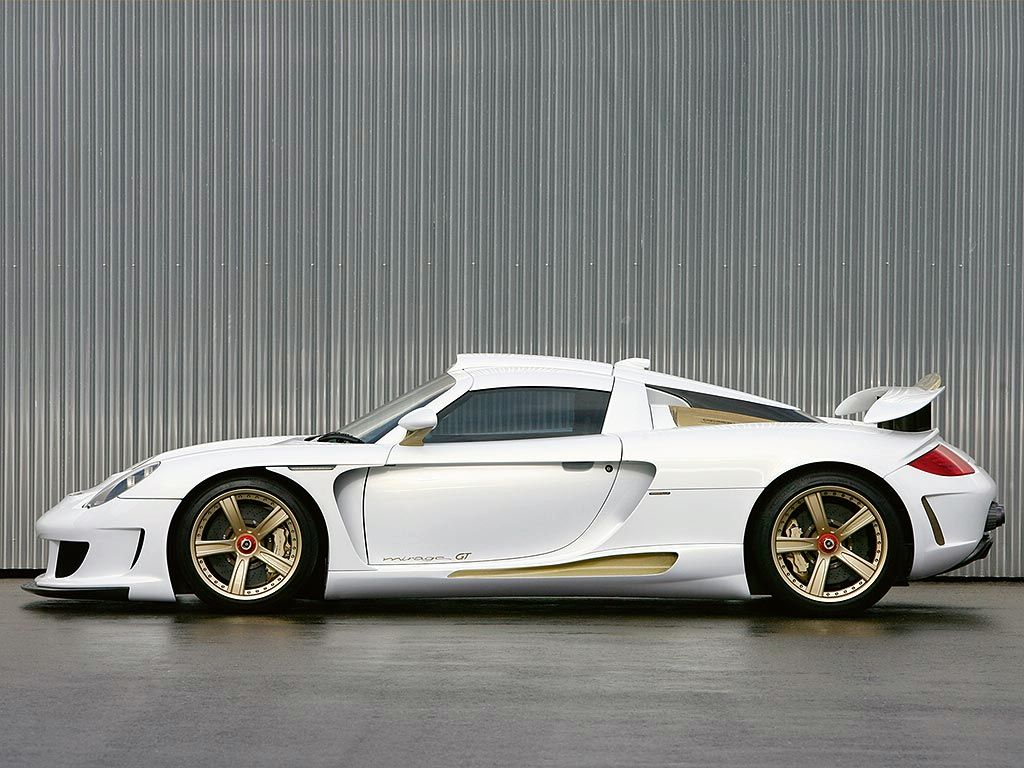 PORSCHE CARRERA GT white