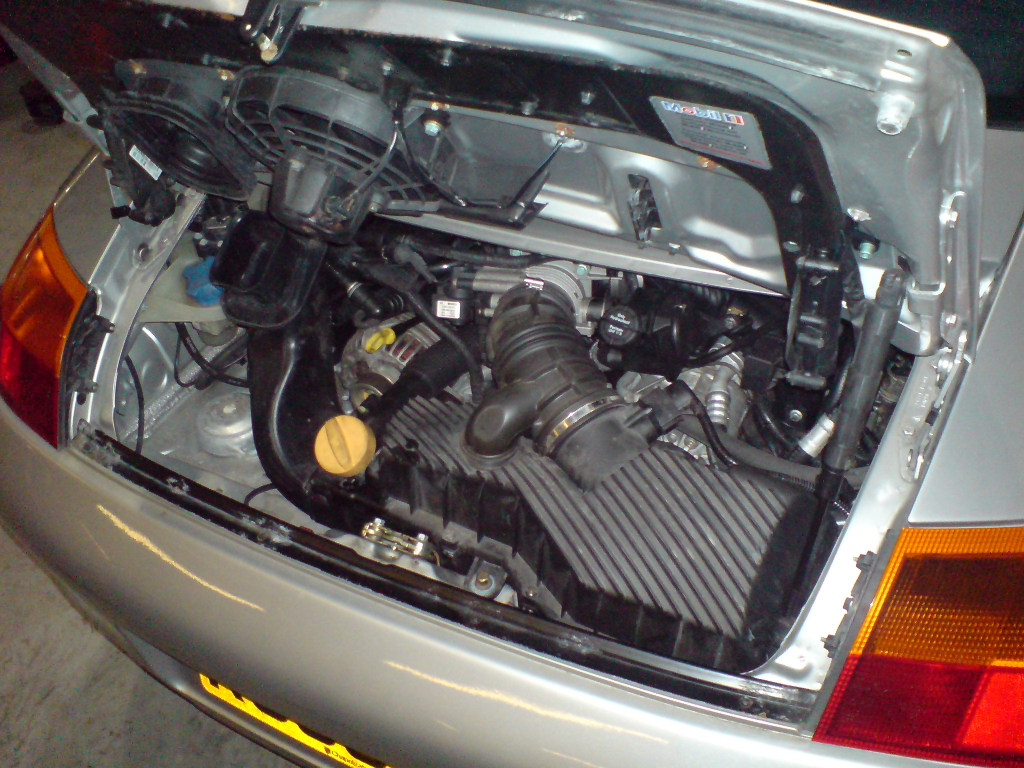 PORSCHE CAYMAN engine