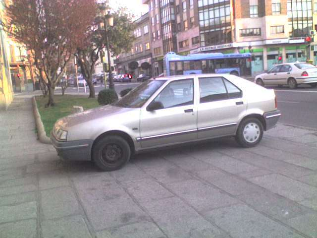 RENAULT 19 1.4 silver
