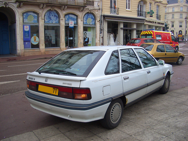 RENAULT 21 1.7 brown