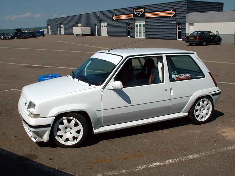 Renault 5 Turbo Review And Photos