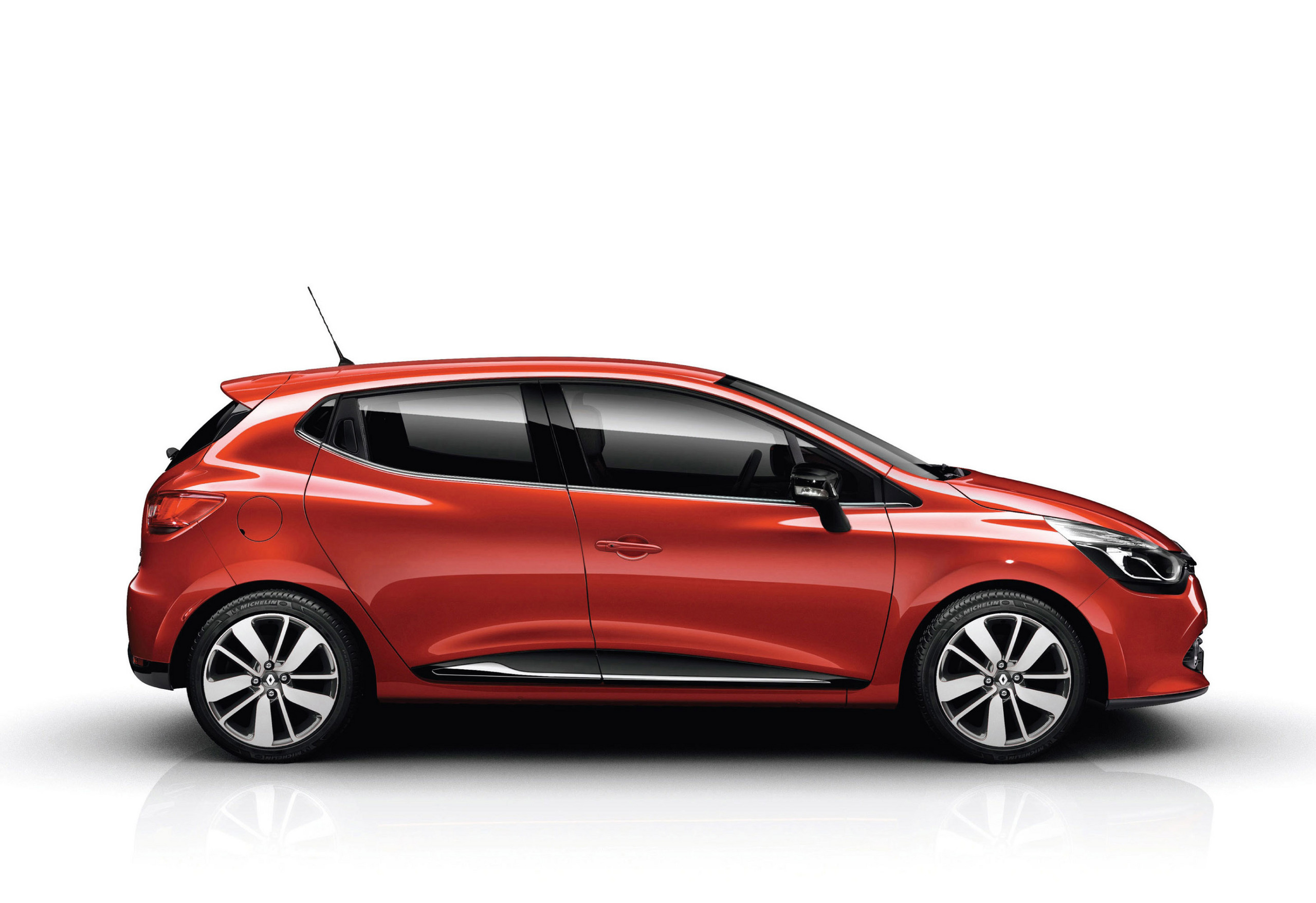 renault clio review and photos. Black Bedroom Furniture Sets. Home Design Ideas