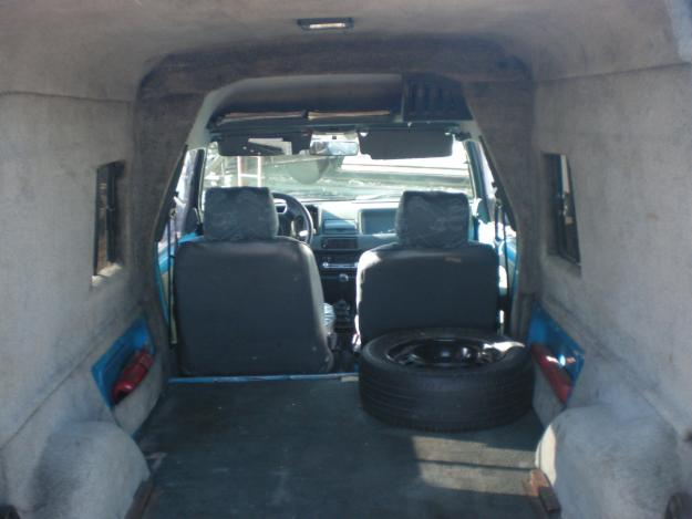 RENAULT EXPRESS interior
