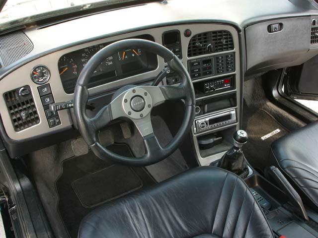 SAAB 9000 AERO interior