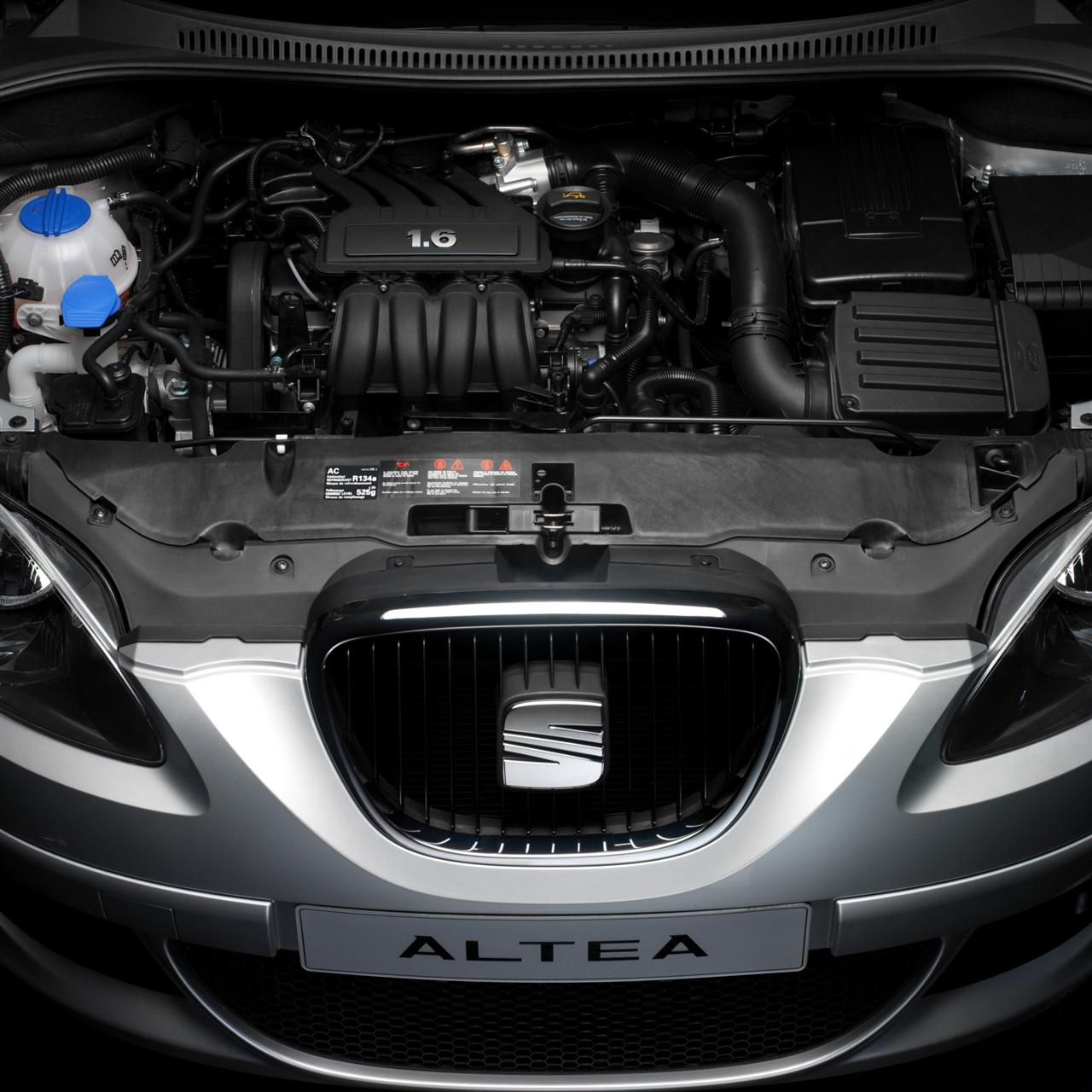 SEAT ALTEA engine