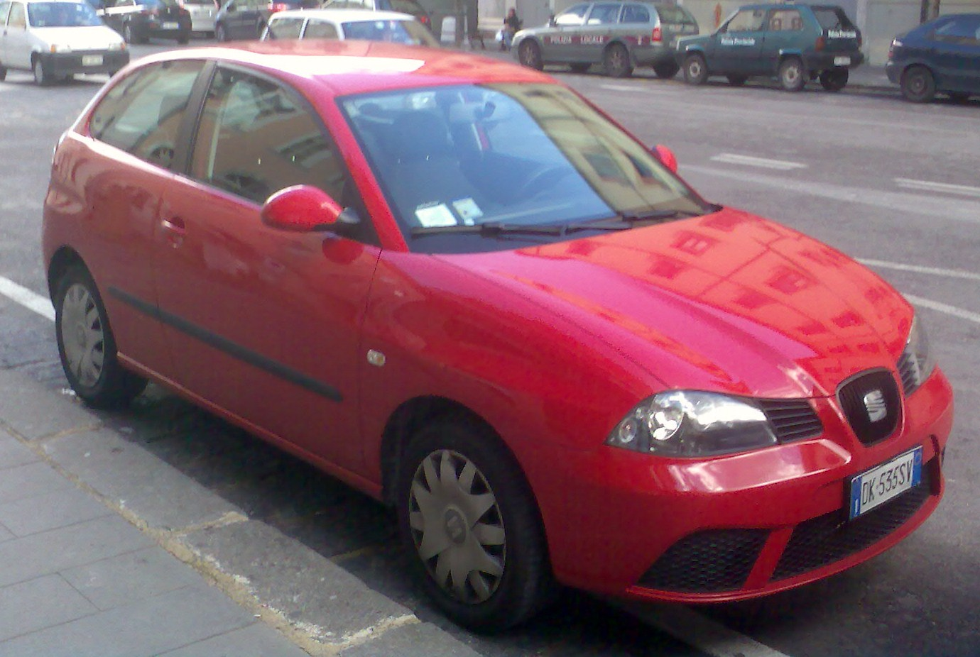 SEAT IBIZA 1.2 red