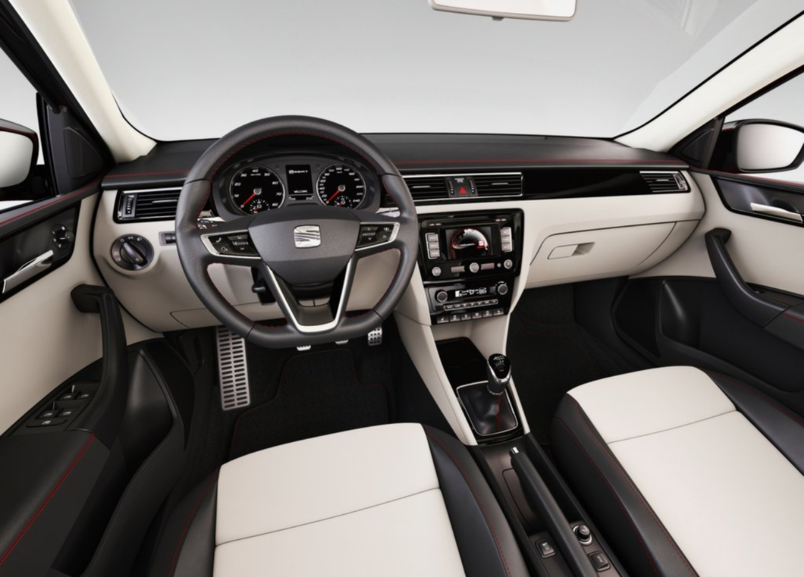Seat toledo review and photos for Seat cordoba interior