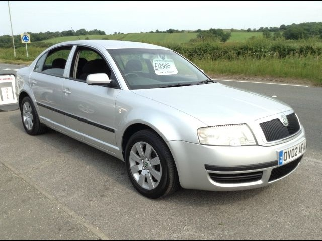 SKODA SUPERB 1.4 blue