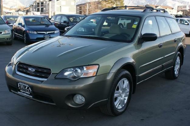 SUBARU OUTBACK 2.5 AT green